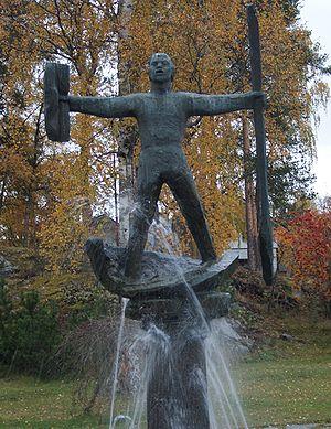 Döda fallet - Statue commemorating Magnus Huss in Hammarstrand