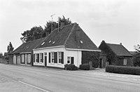 Voor- en rechter zijgevel - Hilvarenbeek - 20113030 - RCE.jpg