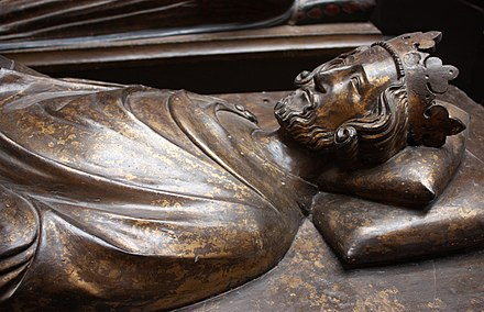 Cast of the tomb effigy of Henry III in Westminster Abbey, c.1272. WLA vanda Cast of Tomb Effigy Henry III.jpg