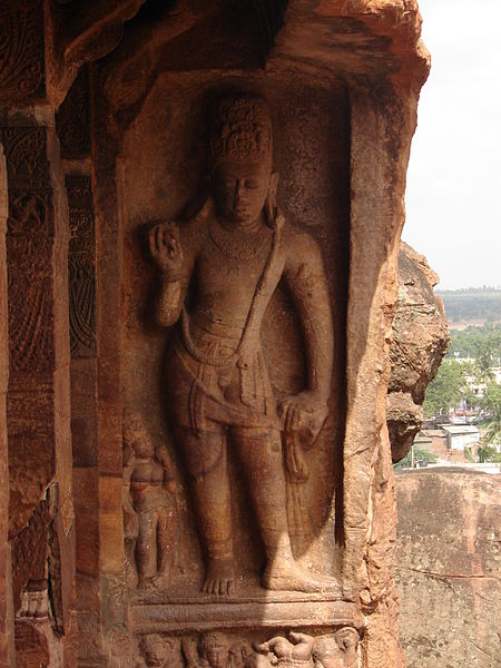 File:Wall relief3 at the Vaishnava cave temple no. 2 in Badami.JPG