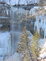 File:Waterdawn Tew's Falls in Winter3.jpg