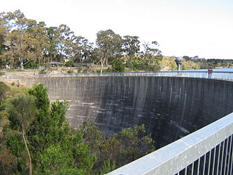 Barossa Reservoir - The Whispering Wall carries sounds clearly over 140 metres