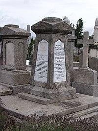 Will-Wilde memorial.JPG