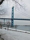 Windsor (31090217003).jpg