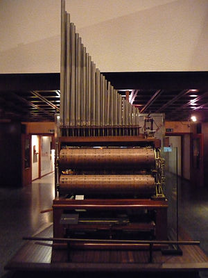 Componium - Museum of Musical Instruments, Brussels. The Componium, invented in 1821 by Dietrich Nikolaus Winkel is an orchestrion with a random mechanism, created to play endless variations on a theme.
