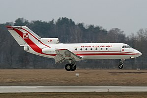 YAK-40 POLAND AIRFORCE 044 (5486112730).jpg