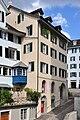 Zürich - Grossmünster - Haus zum Loch IMG 1288.jpg