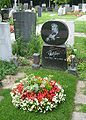 Zentralfriedhof Fatty George.jpg