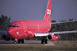 Zip (airline) - A Zip Boeing 737-200.