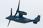'Dragon 05' MV-22 low pass over R-W05R(2nd time 2). (9050098386).jpg