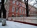 Ограда Головинского дворца у центрального фасада.jpg