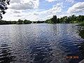 Парк - большой пруд 2016.jpg