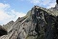 Скальные стены пика Птица.jpg