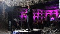 Тенор Владимир Гришко выступает в Гроте Шаляпина (Новый Свет).jpg