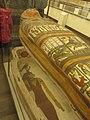 - 01 Torino Museo Egizio Sarcofago aperto decorato.jpg