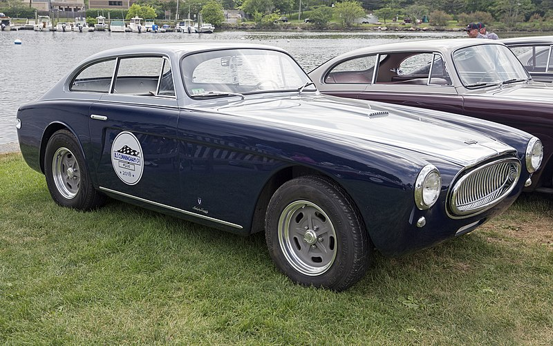Ford Vignale Wiki >> File:1952 Cunningham C3 (5220), front right (Greenwich 2018).jpg - Wikimedia Commons