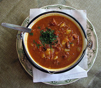 Goulash - Hungarian Gulyásleves, Goulash soup