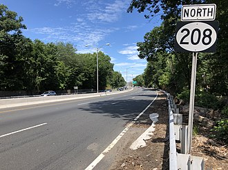 Wyckoff, New Jersey - Route 208 northbound in Wyckoff