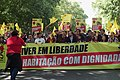 """25 de Abril 2019 - Young Socialist Party Members celebrate the """"Carnation Revolution"""" 25 Years (46796101315).jpg"""