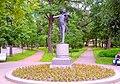 3639. Pavlovsk. Monument to Johann Strauss.jpg