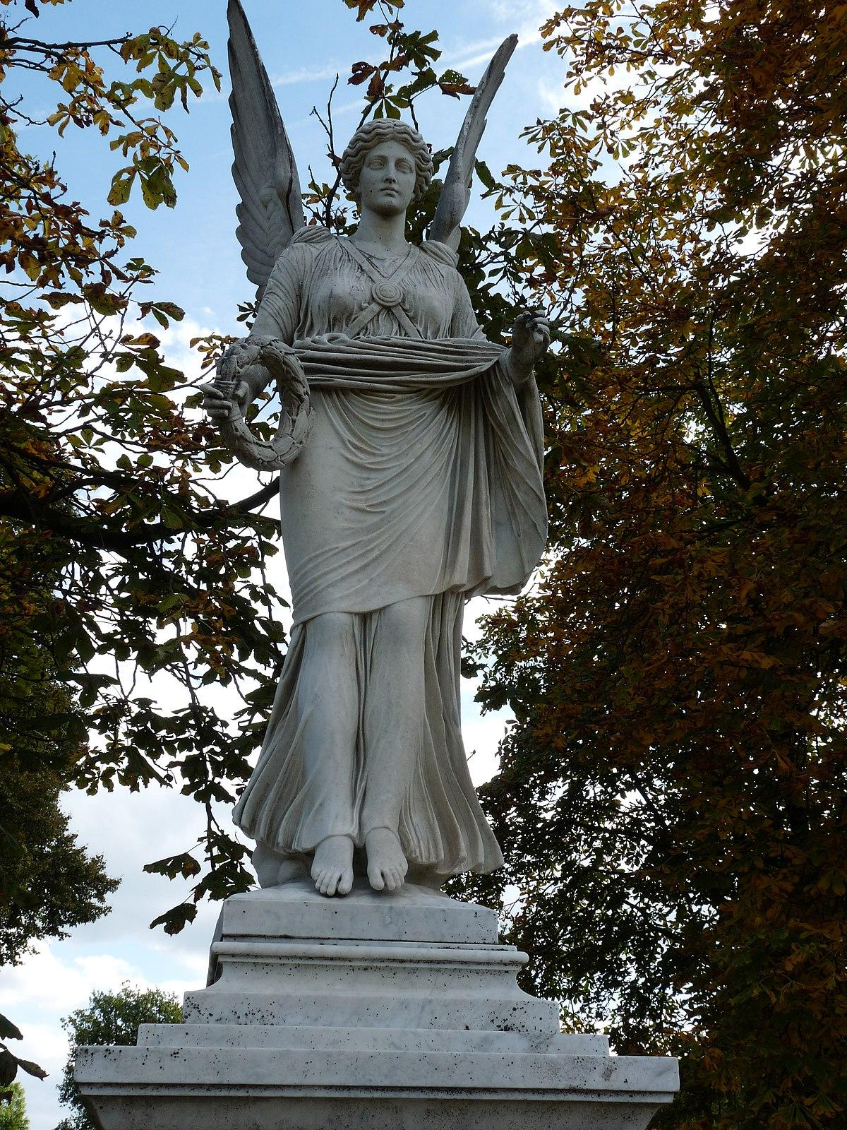 44 Victoria - Neues Palais Sanssouci Steffen Heilfort.JPG