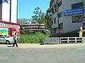A Street View of Munnar Town - panoramio.jpg