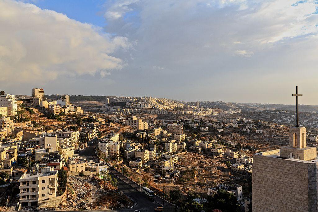 A cross in the sky of Bethlehem (8316854980).jpg
