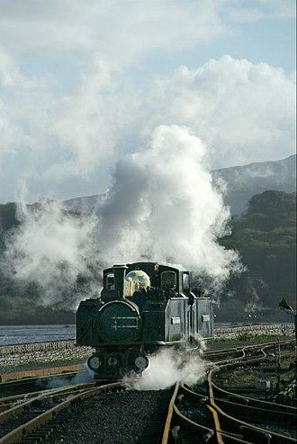 Ffestiniog Railway - The Earl Of Merioneth coming onto the train at Porthmadog