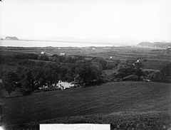 A view of Pwllheli and the bay from Cam y Gwrda NLW3362120.jpg