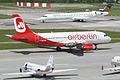 Air Berlin Airbus A319-112; HB-IOX@ZRH;07.05.2012 650ad (7007398104).jpg