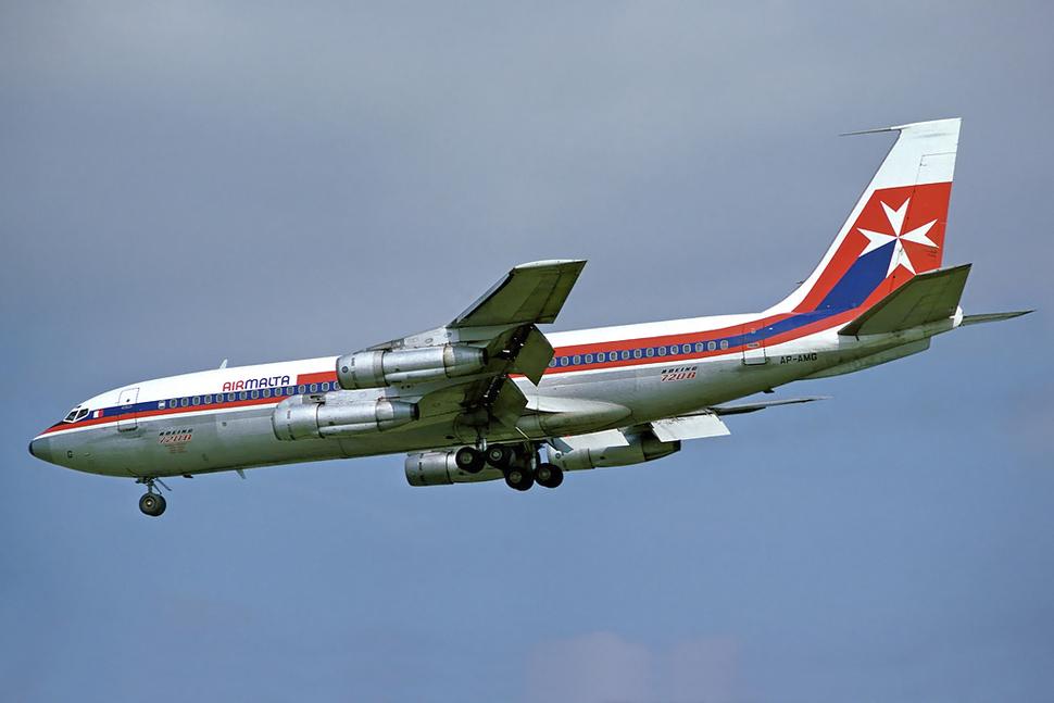 Air Malta Boeing 720B AP-AMG LHR 1978-8-24