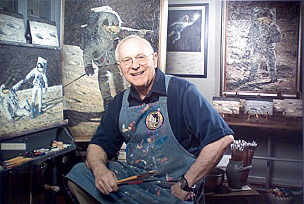 Bean in his studio Alan Bean photo at NASM by Matthew Bisanz.jpg