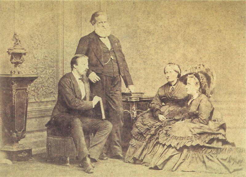 Ficheiro:Alberto Henschel - A Familia Imperial.jpg