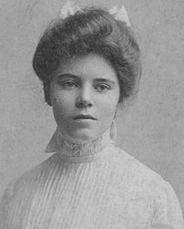 :en:1901 portrait of :en:Alice Paul, cofounder...
