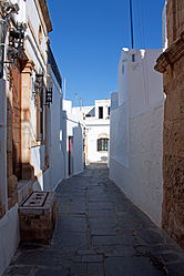 Alley in Lindos, Rhodes 4.jpg