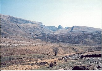 Alport Castles - Image: Alport Dale geograph.org.uk 127903