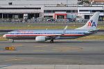 American Airlines, N913AN, Boeing 737-823 (19561498983).jpg