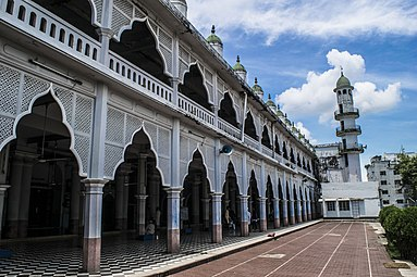 Andarkilla Mosque from south of courtyard.jpg