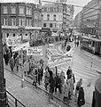 Anti-A-bommars in Amsterdam Op de Munt, Bestanddeelnr 913-3566.jpg