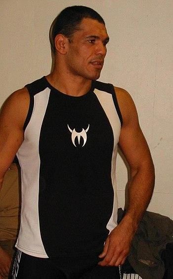 Antonio Rodrigo Nogueira %22Minotauro%22 Paris - 2004