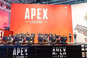 Apex Legends gaming Gamescom 2019 (48605673176).jpg