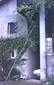 180px-Arbre-Mai-01 dans Traditions en Bourgogne