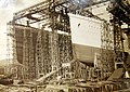 Arrol Gantry with Liners Olympic & Titanic in Construction.jpg