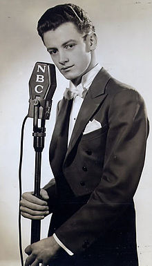 Art carney early photo.JPG