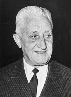 Arturo Umberto Illia 1965.jpg
