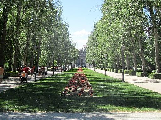 Avenida de mejico parque del buen retiro