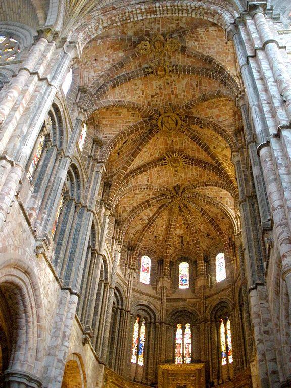 File avila catedral interiores wikipedia for Catedral de durham interior