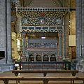 Baldaquino del Sepulcro de los Mártires, Ávila.jpg