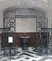 Basilique St-Nicolas Nantes fonts baptismaux.jpg
