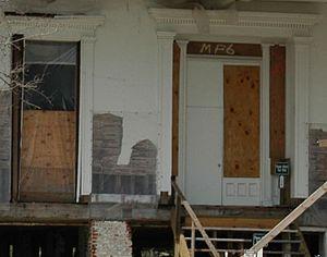 Beauvoir (Biloxi, Mississippi) - Beauvoir (April 2006), detail of front door and windows.